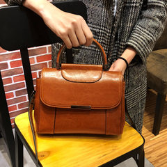 Guangzhou manufacturer wholesales model of Korean version 2018 new leather female bag wax cowhide fa black