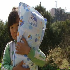 Provide the bedding air conditioning quilt for the kindergarten, and the quilt core for the thousand 1.1 * 1.4