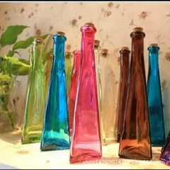 Direct sales zakka creative triangle vase color transparent simple modern glass fine high floret vas colorful 4.8 * 22.5