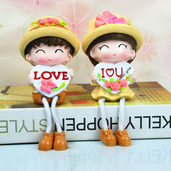 New style puts on the shelf lovely couple letter condole foot resin doll to live in adornment to pla Legs 12.5cm high and 9CM long