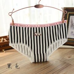 New products women`s underwear wholesale pure cotton striped briefs all cotton low-waist girls under black All code