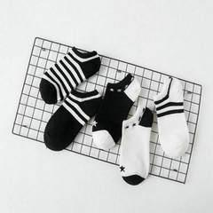 袜子 地摊货源 女袜 夏季女船袜厂家批发 纯色条纹浅口拼色隐形袜 黑白星星条纹 均码
