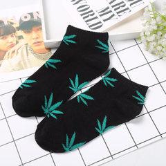 枫叶袜子 夏季船袜纯棉袜男女情侣棉袜 嘻哈街头滑板潮麻叶袜子 黑底绿叶 均码