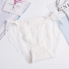 Sexy lace with low-waist women`s unmarked underwear hollow transparent raised buttock cotton crotch  white All code