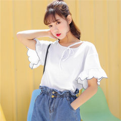 A casual T-shirt with loose flared sleeves and casual sleeves for the new summer 2018 women`s wear white All code