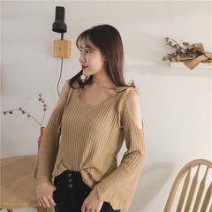 Spring 2017 new style loose-collar, long-sleeved, shoulder-less sweater, slim flared sleeve blouse,  champagne All code