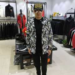 Spring 2018 new men`s middle and long style hat and body light and light weight casual jacket wave w camouflage m