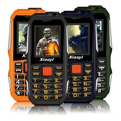 New small moon F700 mobile phone three anti - elderly mobile phone double - card mobile flashlight m black