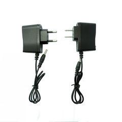 厂家直销 18650锂电池充电器  强光手电筒充电器 4.2V智能直充 288扁插(美规)