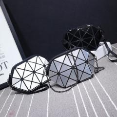 2017 new laser ringer geometric folding bag mobile