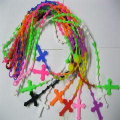 热销复合节礼品 硅胶55颗圆珠十字架项链 基督耶稣硅胶项链 现模