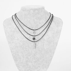 N0560   民族风 复古做旧羽毛 指南针造型 三层蜡绳多层短项链 古银色