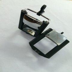 厂家直供新款带镜大号手机夹 自拍杆夹子 塑料反视镜手机夹批发