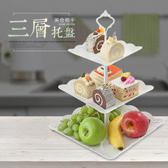 European-style three-storey fruit tray sitting roo Three layers of the tray