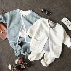 18 new children`s spring children`s wear children` The white blouse 100 cm to 140 cm / 1 hand 5 pieces