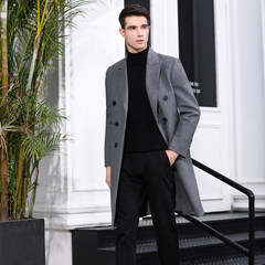 Manual sewing of men's cashmere overcoat in 2018